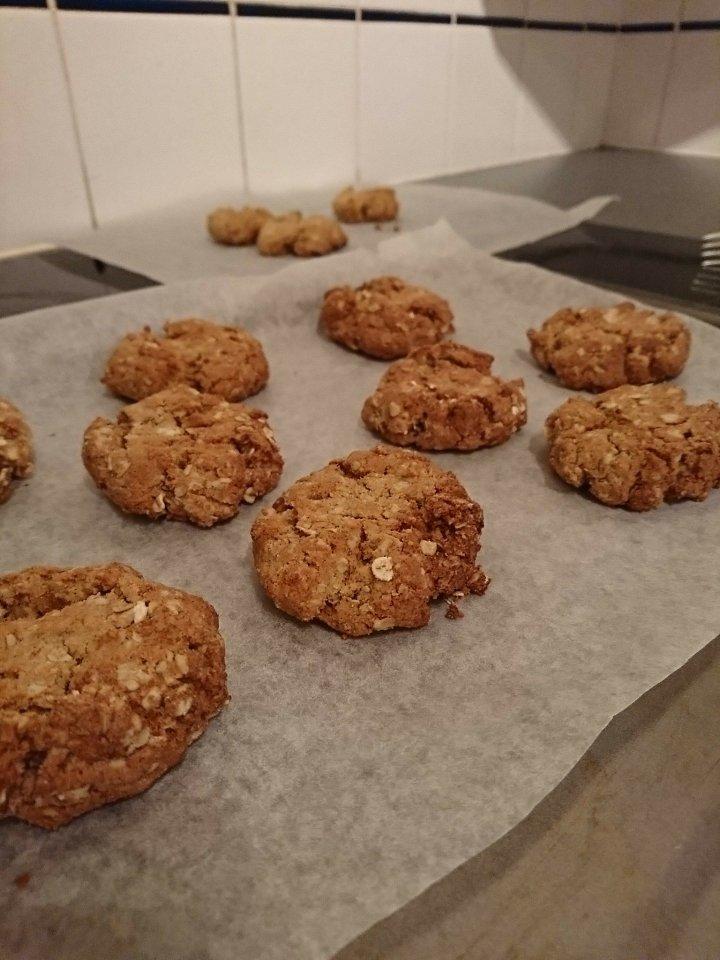 Vegan oatmeal cookies!